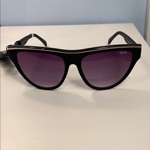 Quay Australia Accessories - Quay Australia Flight Risk Shield Sunnies  NWT